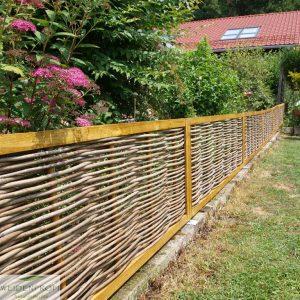 Gartenzaun Robinienzaun, umlaufender Rahmen